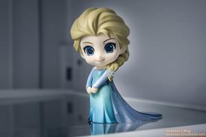 Nendoroid-Elsa-1